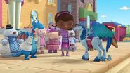 Doc-mcstuffins-season-4-episode-17-get-well-gus-gets-well-triceratops-trouble