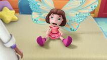 Frida Fairy Flies Again Pic 008