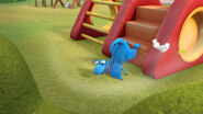 Stuffy fell to the ground