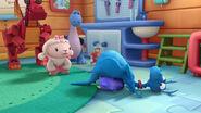 Stuffy crashes onto squeakers