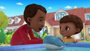Doc-McStuffins-Season-2-Episode-20-Dad-s-Favorite-Toy--Chilly-and-the-Dude