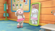 Lambie sees her reflection