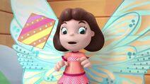 Frida Fairy Flies Again Pic 014