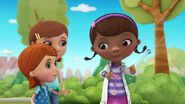 Doc-McStuffins-Season-2-Episode-4-Frida-Fairy-Flies-Again--A-Tale-of-Two-Dragons