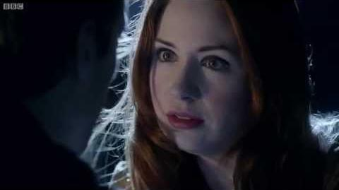 Amy and Rory's final chase - Doctor Who - The Angels Take Manhattan - BBC