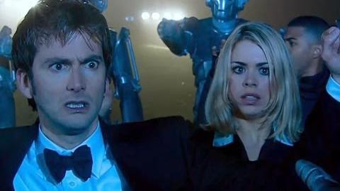 Surrounded by the Cybermen - Rise of the Cybermen