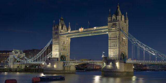 File:Tower Bridge London Feb 2006.jpg