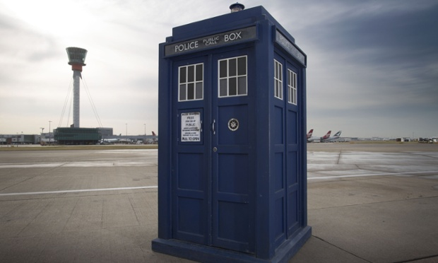 File:Twelve's Tardis.jpeg