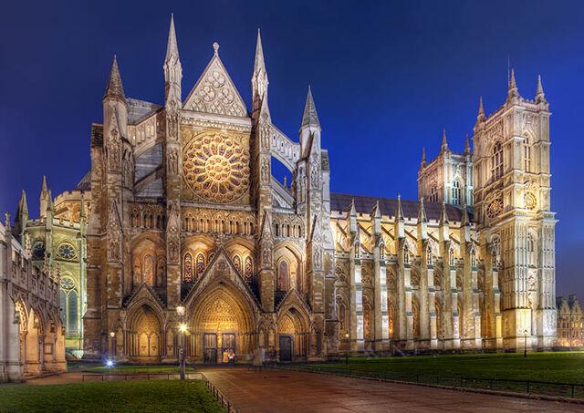 File:Westminster-at-night.jpg