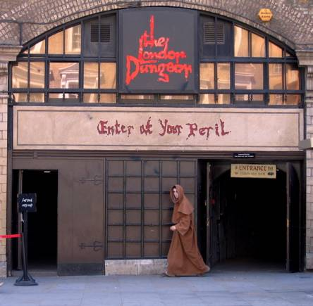 File:LondonDungeon 339.jpg