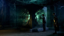Roman-centurion-rory-williams-and-matt-smith-with-the-the-pandorica-opens-doctor-who-back-when