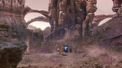 El Doctor, Bill y Nardole viajan a otro planeta - The Pilot