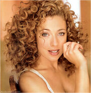 River-song-alex-kingston-3