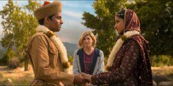 La Doctora oficiando la boda de Prem y Umbreen
