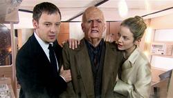 TSOD - El Amo y Lucy con el anciano Doctor