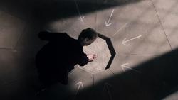 Heaven Sent - El Doctor viendo las flechas