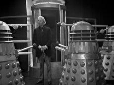 Daleks-and-mechanoid-the-chase