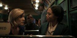 Decimotercera Doctora habla con Rosa Parks