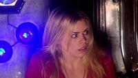 Rose en la nave Dalek