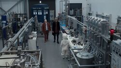 Nardole y el Doctor en Agrofuel Research Operations