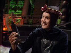 Borusa with th Crown of Rassilon