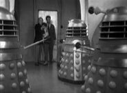 Doctor.Who.Classic.s01e02b-The.Survivors.DVDRip.Rus-Eng.1001cinema.ru-(008823)14-58-01-