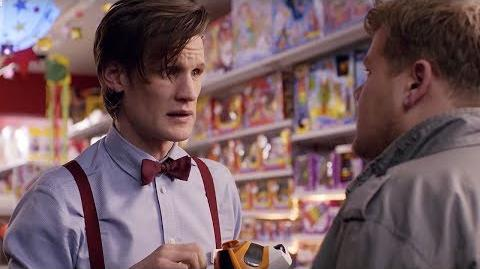 """I'm the Doctor, I work in a shop now"" Closing Time Doctor Who-0"