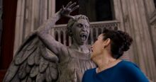 Ангел убивает Дортею
