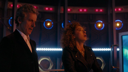 THRS - El Doctor y River en la TARDIS