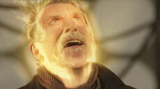 War Doctor turns into Ecclestone