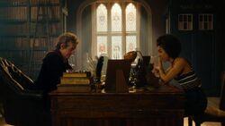 El Doctor con Bill en su despacho - The Pilot