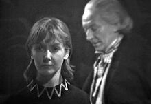 Vicki se une al Primer Doctor
