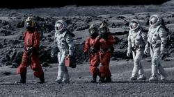 Kill the Moon - Caminando
