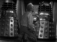Doctor.Who.Classic.s01e02b-The.Survivors.DVDRip.Rus-Eng.1001cinema.ru-(020961)15-06-00-