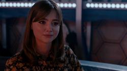 Clara enfadada con el Doctor