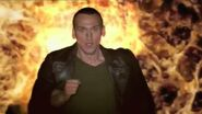 The Trip of a Lifetime with the Ninth Doctor - Series 1 TV Trail - Doctor Who - BBC.mp4 snapshot 00.32 -2015.10.16 18.18.03-