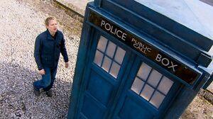 Elton and the TARDIS