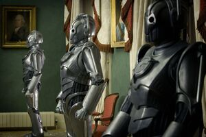 Doctor-who-172-rise-of-the-cybermen-the-age-of-steel-s2e05-06-dvdbash-67