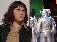 079 Sarah Cybermen