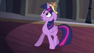 Twilight edging backwards S4E2