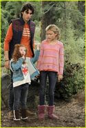 G hannelius g hannelius stan runs away on dog with a blog stills 92Uwpmfm.sized