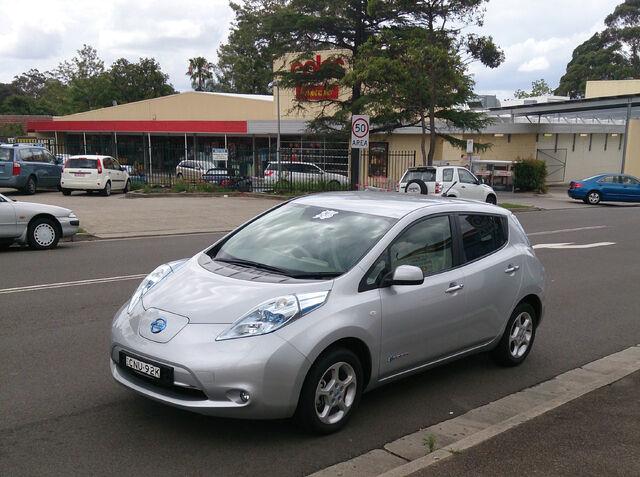 File:Nissan Leaf.jpeg