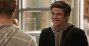 Grant-Gustin-in-90210