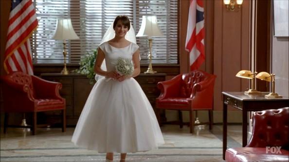 File:Lea+Michele+Dresses+Skirts+Wedding+Dress+QoR7mEMnq6Ql.jpg