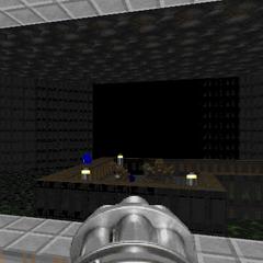 Синий ключ видимый из большой восьмиугольной комнаты