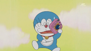 Doraemon pulls out Dress Up Camera in panic