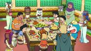 Kuntaku has large feast prepared for Nobita's teamz