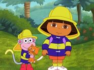 Dora The Explorer Dora boots and kitten