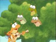 Coquí singing with his friends