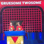 TheOddCouple-GruesomeTwosome-behindscenes5
